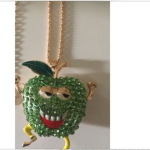 ❗️FIRM❗️Cute Apple Guy Rhinestone Necklace
